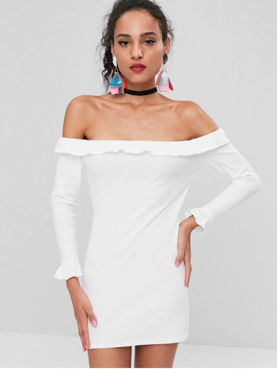 Vestido branco modelo  ombro