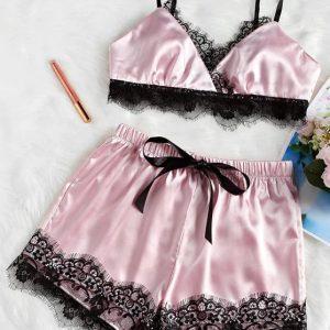 PIjama de cetim rosa de renda  de laço