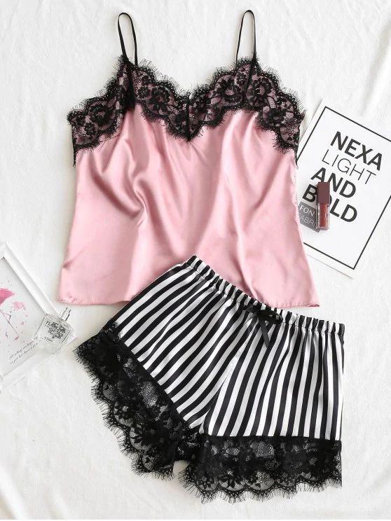 Pijama de cetim rosa e short