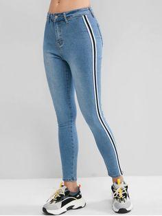 Calça jeans com listra lateral