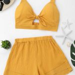 Conjunto top e short amarelo