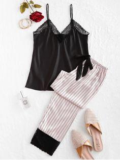 pijama com calça listrada