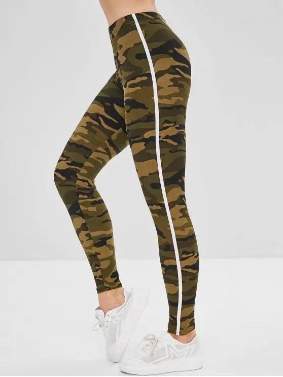Leggings camuflada com listra