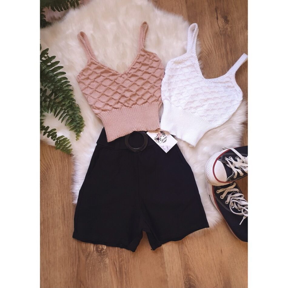 Top cropped tricot.